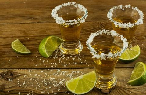 The basic rules for drinking tequila properly